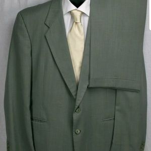 Green Suit-48